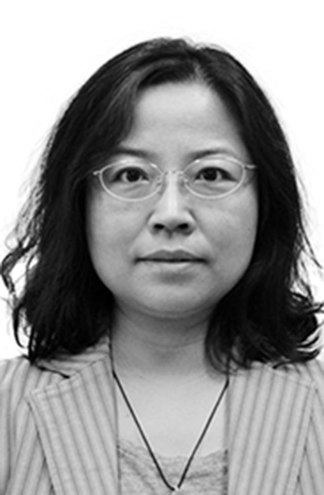 Jolie Yang